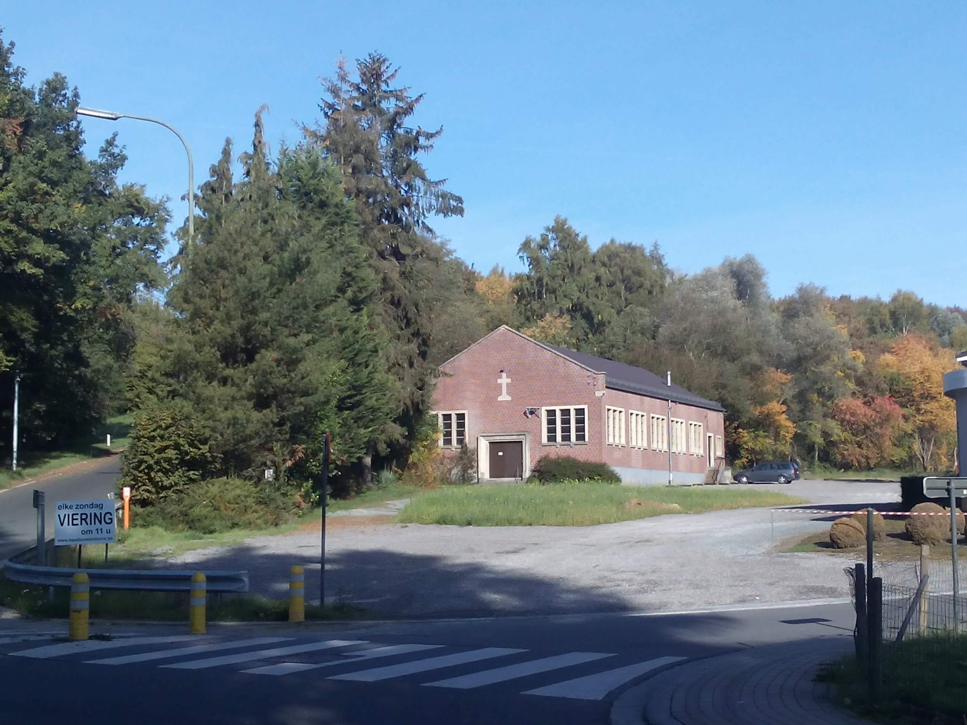 De kapel vanaf de Frans Verbeekstraat